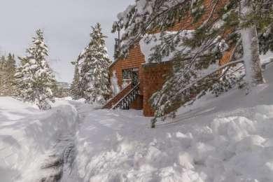 11645 Snowpeak Way #512, Truckee-CA