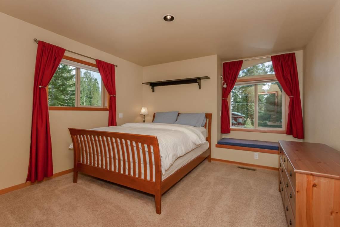 14616 Tyrol Road Truckee CA-large-013-7-Bedroom-1500x1000-72dpi
