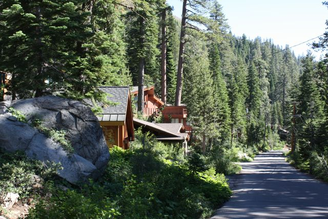 Alpine-Meadows-Neighborhood