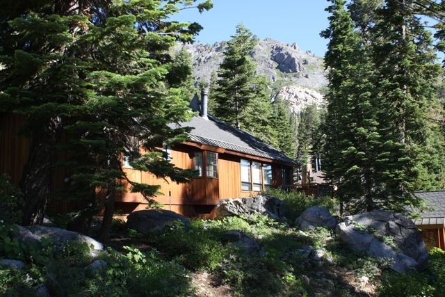 Alpine-Neighborhood-Home