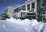 winter-downtown-truckee