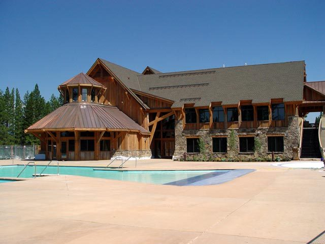 pavillion-exterior-pool