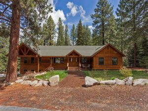 Home for Sale In Truckee, CA